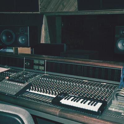 Recording Studio Control Room - Simon Moro