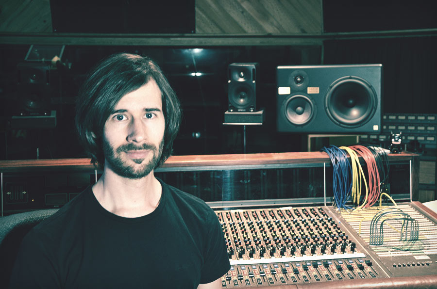 Simon Moro - Music Producer, Mixer & Mastering Engineer