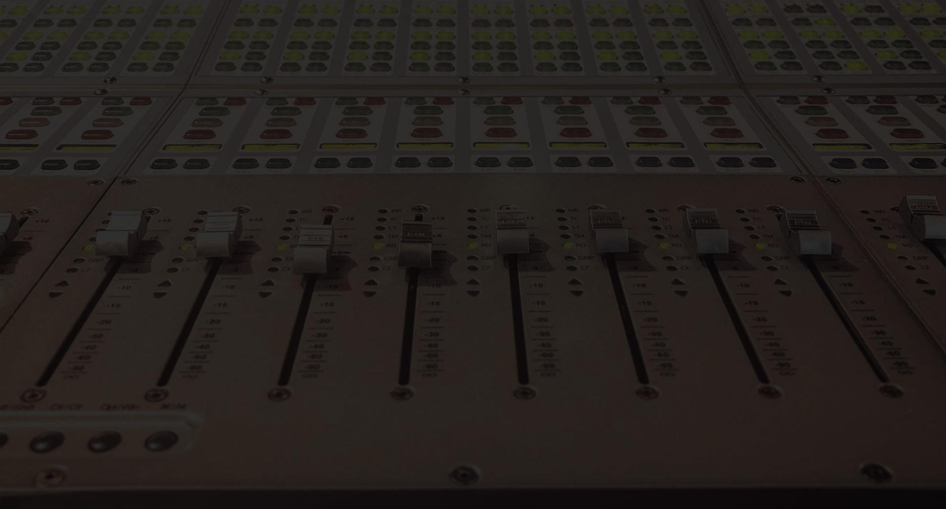 DIY vs. Pro Mix